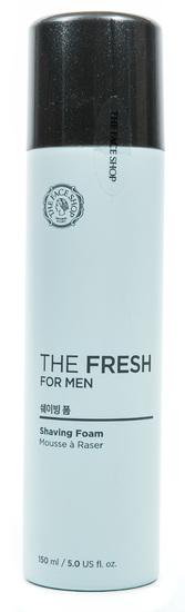 Пена для бритья освежает и увлажняет для чувствительной кожи